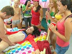 Блондинки, Минет, Одноклассница, Общежитие, Секс без цензуры, Вечеринка, Студентка, Молоденькие