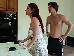 Housewife porn, cheating housewives and amateur wives