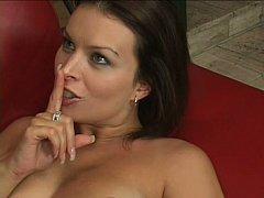 Gros seins, Brunette brune, Faciale, Hard, Femme au foyer, Mère que j'aimerais baiser, Maman, Épouse