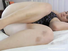 Redhead jette loves playing with her furry vulva
