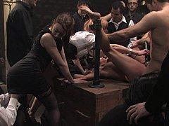 Брюнетки, Брутальный секс, Экстремальный секс, Группа, Унижение, Наказание, Рабыни, Связанные