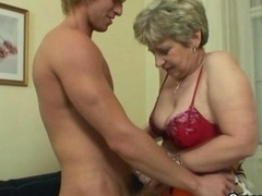Mature housewife gets nailed
