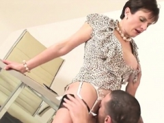Adulterous british grown-up lady sonia shows her gross tits7