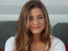 18 ans, Amateur, Blonde, Déshabiller, Innocente, Lingerie, Seins naturels, Timide