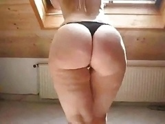 Sexy Blonde in High Heels Shows Off Her Rotund Booty