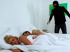 Amerikanisch, Schlafzimmer, Blondine, Betrug, Verrückt, Hundestellung, Milf, Nass