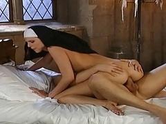 Eine Nonne Auf Abwegen