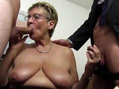 Granny Love bubbles Secretary