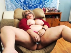 Real bbw masturbating on live camera solo