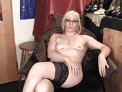Yanks Blonde Ruby's Hyper Flexible Orgasm