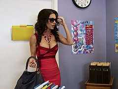 Américain, Gros seins, Plantureuse, Mère que j'aimerais baiser, Actrice du porno, Professeur