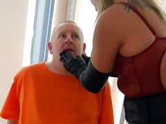 Smoking leather clad blonde Dom in gloves and boots fet