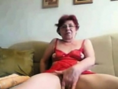 Oriental rookie granny toys her cunt