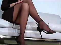 Office floozy Faith Leon in stockings