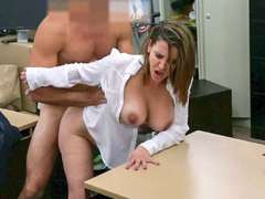 Foxy business lady fucked by pawnkeeper