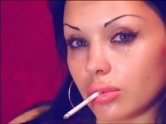 Amateur, Fumando