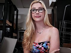 Brille, Geld, Natürlich, Natürlichen titten, Pov, Realität, Sich ausziehen, Jungendliche (18+)