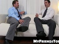 Office stud gets his juicy feet slurped with delight
