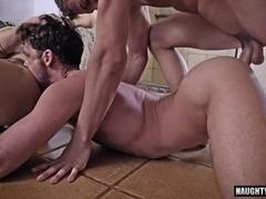 Big dick gay flip flop with facial