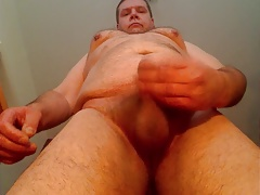 older chubby gay man loves to show himself