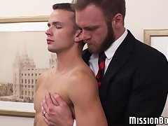 Mormon elder bearbacking and rimming innocent twink's hole