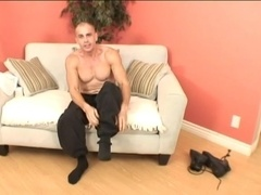 Sexy homosexual moans huskily while masturbating his dick