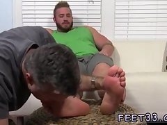 Aaron Bruiser Lets Me Worship His Big Sexy Feet