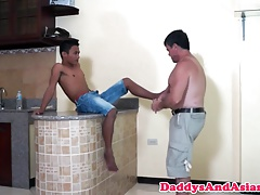 Foot loving not daddy facefucks pinoy twink