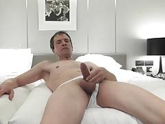 wank on bed