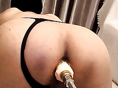 Live chat Anal Fucking Machine with huge dildo
