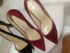 Golden shower desire into daugh's red sued heels