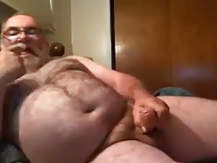 Dad Masturbates on Webcam