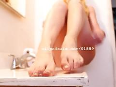 Foot Fetish - Alicia Dirty Feet Video 2
