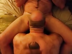 a guy cumming