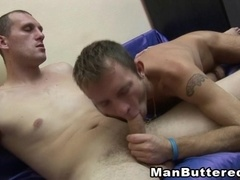 A poof fucks his BF's ass and covers his face with jizz