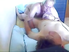 Old mature men sucking a youg cock