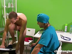 Lusty doctor seduces his twink patient to fuck bareback