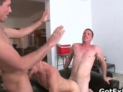 Steamy queer threesome cock sucking