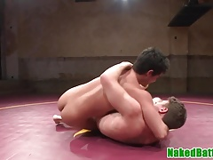 Ripped wrestling hunks rimming ass in closeup