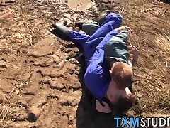 Real amateur twinks banging on a countryside haystack