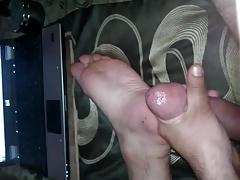 cum on foot