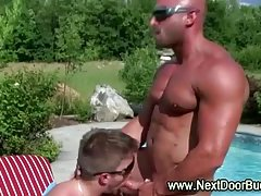 Horny muscular jocks swap blowjobs