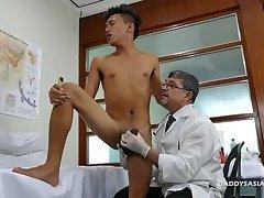 Daddy Mike Barebacks Asian Boy Jude