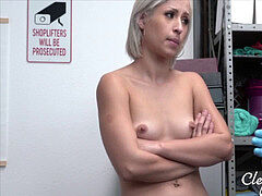 Caught Storing Stolen Diamonds Up Her Ass- Goldie Glock