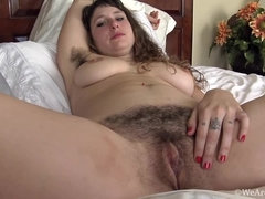 After her slumber party, Felicia F unwinds naked