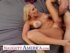 wild America - Vanessa box ravages her firend's husband