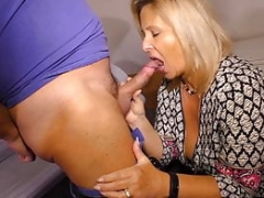 Inexperienced European - Dirty Housewife Goes To Check Her Neigbour