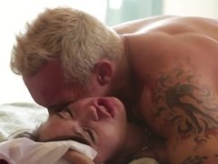 Blonde man with muscled body fucks stepdaughter's hairy pussy
