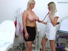 Amateur Mom With Gigantic Natural Boobs Comes To Gyno Doctor