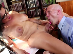 Raven-haired American shemale gives bald boss a dick
